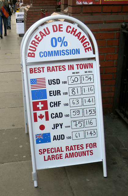 Changing money in London